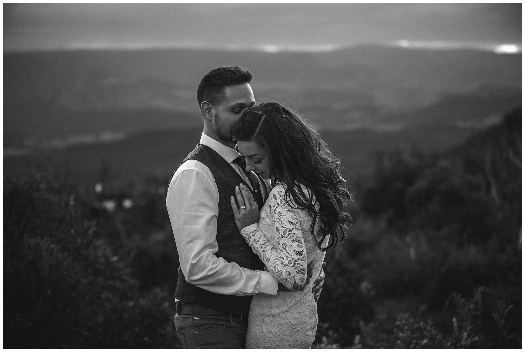 Black and white elopement photography by de lumière photography