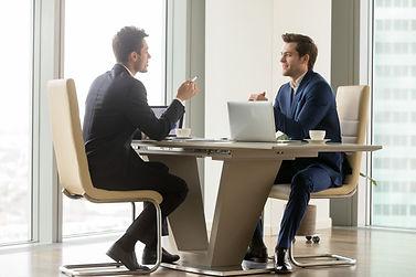 successful-entrepreneurs-analyzing-persp