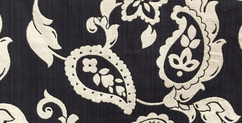 Black and Off White - Paisley