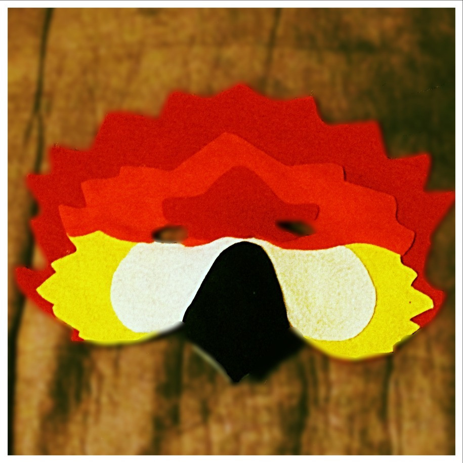 Red McCaw Mask - Rentable Item