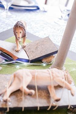 Aslan & the Stone Table Centerpiece