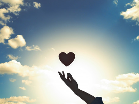 心の痛みと向き合うことは怖いことではなく、笑顔でいられる自分と出逢うこと