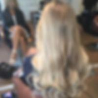 Tape_extensions_lyst_hår.jpg