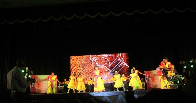 Children performing on Hope Foundation Day