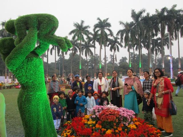 Children visit Eden Garden Flower Exhibition