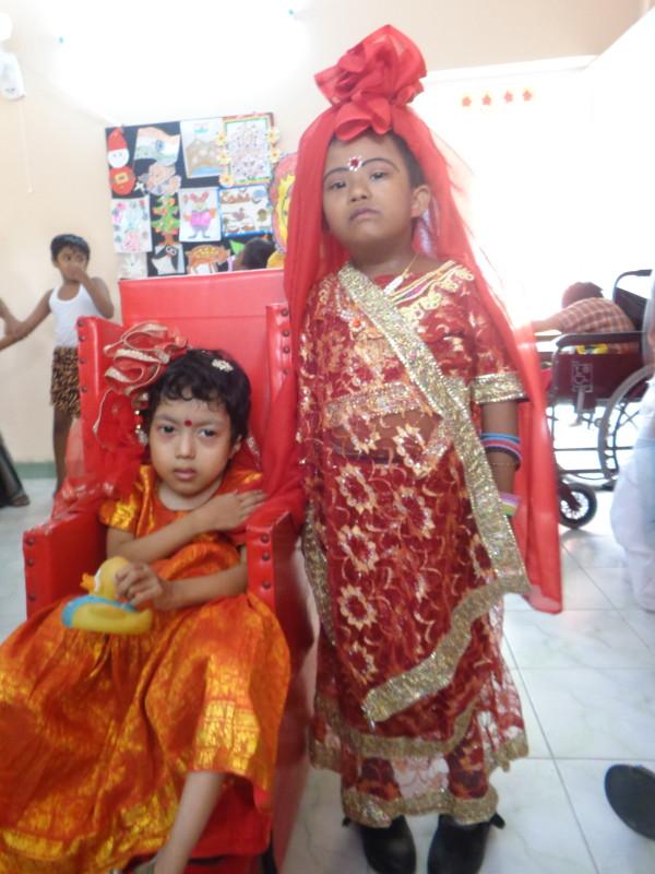 Laxmi & Saraswati