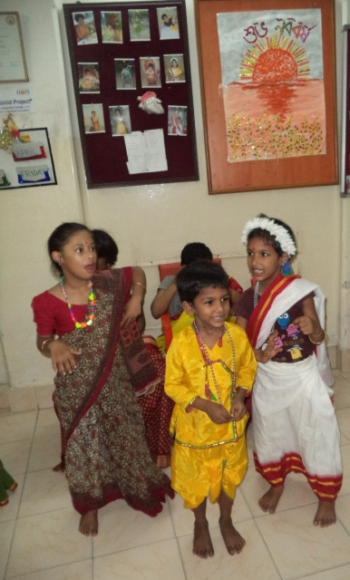 Song & Dance usher in the New Year for Umeed