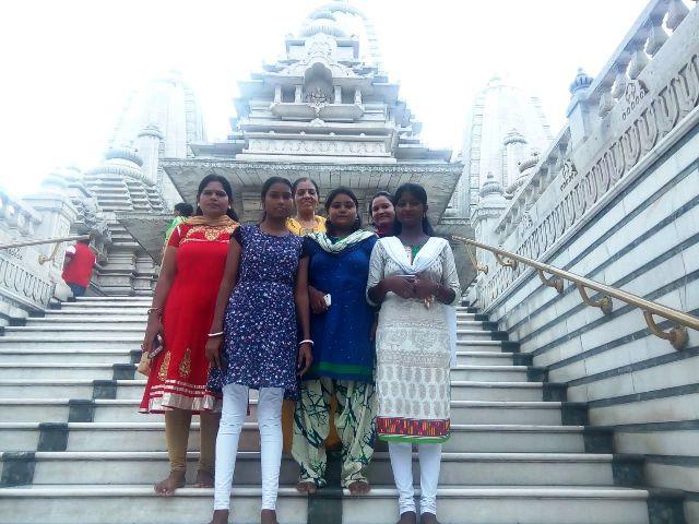 Jan Seva English Course Students Educational Visit to Birla Mandir