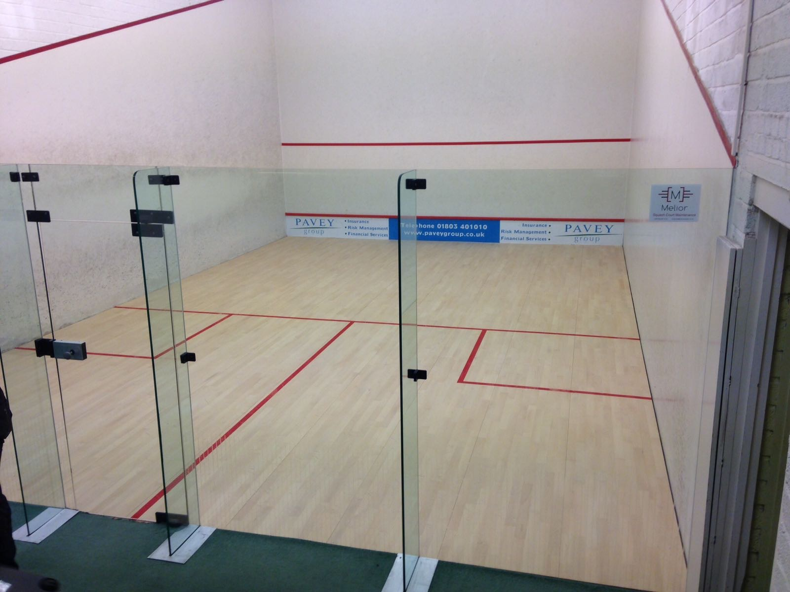 New Junckers squash floor