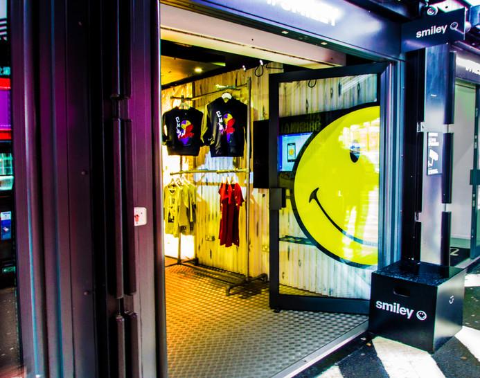 KEMP-london_smiley2.jpg