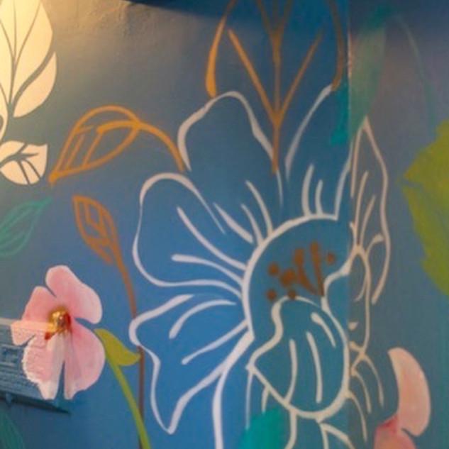 Home Decorators Show House Mural