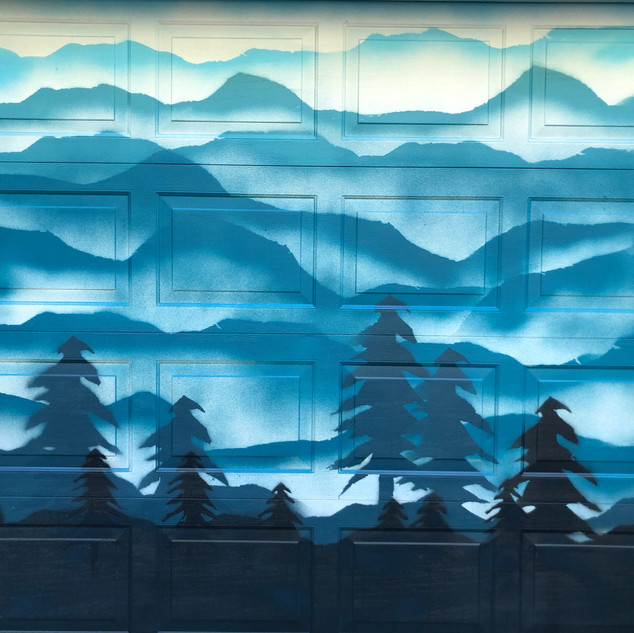 Ombre Mountain Mural Detail