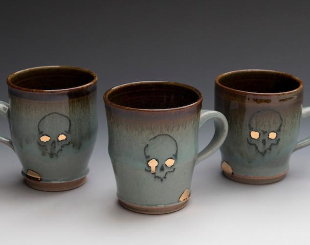 Skull Mugs, 12oz, Stoneware with Gold Lu