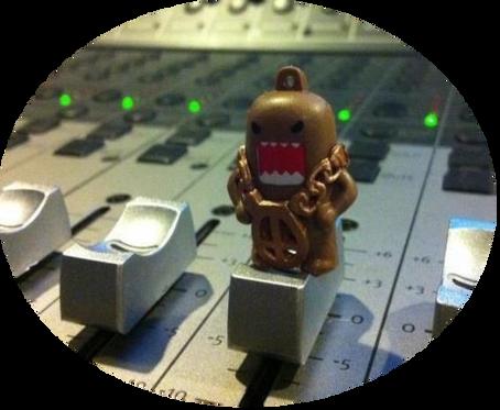 Studio Mascot = Domo