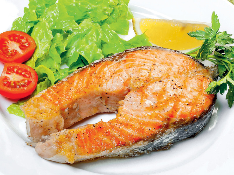 стейк из красной рыбы.jpg