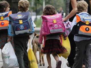 Os seus filhos vão para a escola? Estas 8 dicas são para si