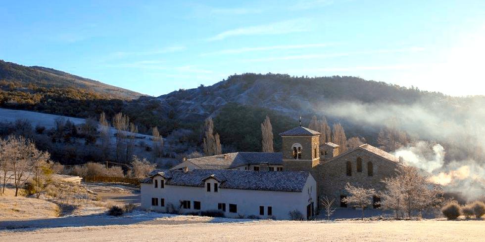 Vue-paysage-Abbaye-de-Rosans-Divine-Box-