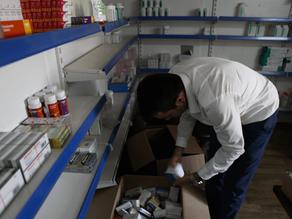 Bahrka Refugee Camp Receives Medicine