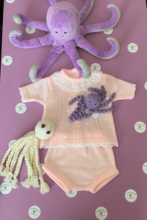 Pink lace and dotty set.
