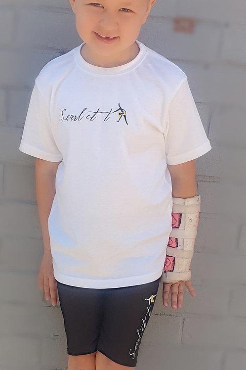 Cycling shorts and T-shirt