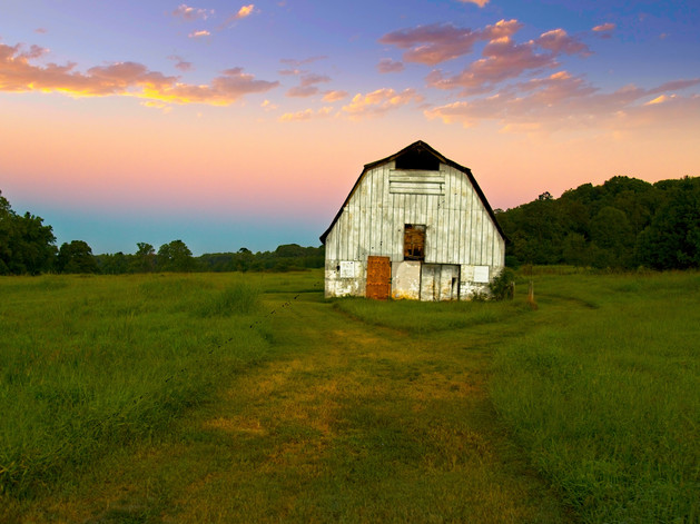 Barn at Sunrise  7283