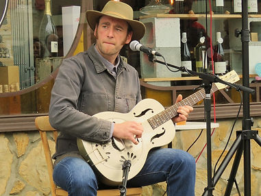 martin swamps.jpg. Artiste blues France, blues roots, musicien blues, guitariste et chanteur blues.