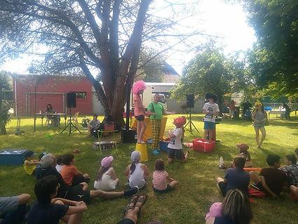 spectacle de clown.jpg;spectacle de clown 65;spectacle de clown 32;spectacle de clown 40;clown pour enfants