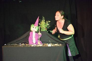 le gnome1.jpg; conte pour enfants;spectacle pour enfants;spectacle de noël;conte de noël 64; spectacle enfants 65,spectacle de marionnettes;conte musical enfants;