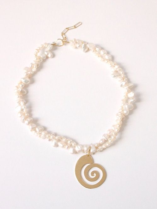 ISISI NECKLACE