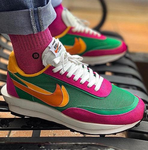 Sacai x Nike LDWAFFLE Pine Green | low