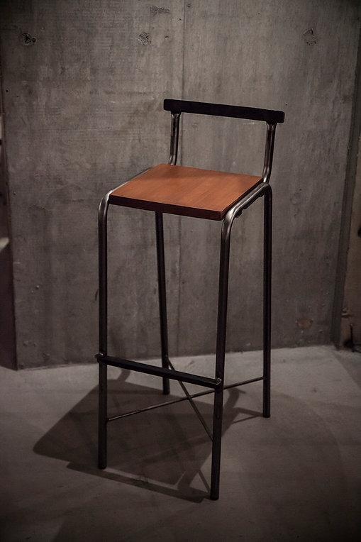 アイアンスツール(椅子)
