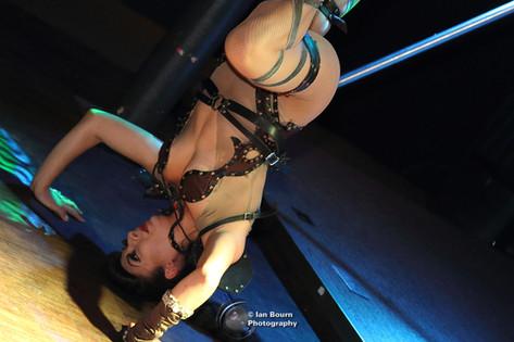 Aurora Star performing circus tricks at Showlesque