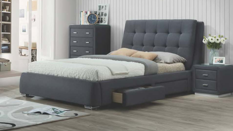 Vara King Bed with 4 Drawers, 2 on each side