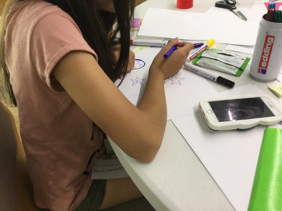 Graines d'entrepreneurs stage camp vacances atelier enfant ado ecole entrepreneur hesso valais fille