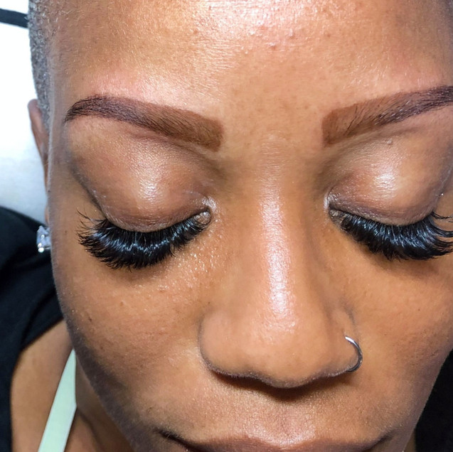 Volume Maxx Extensions & Henna Brows