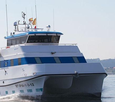catamaranes-de-trabajo-rodman-82-1.jpg