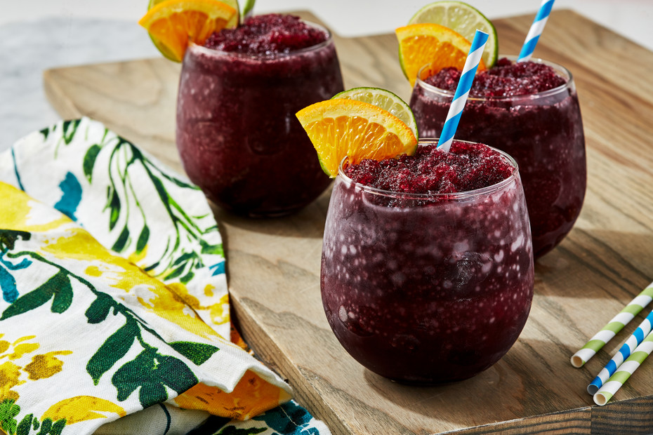 DELISH_200305_Sangria-Slushies_0035_Land