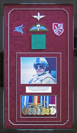 Parachute Regt Medals and Insignia.