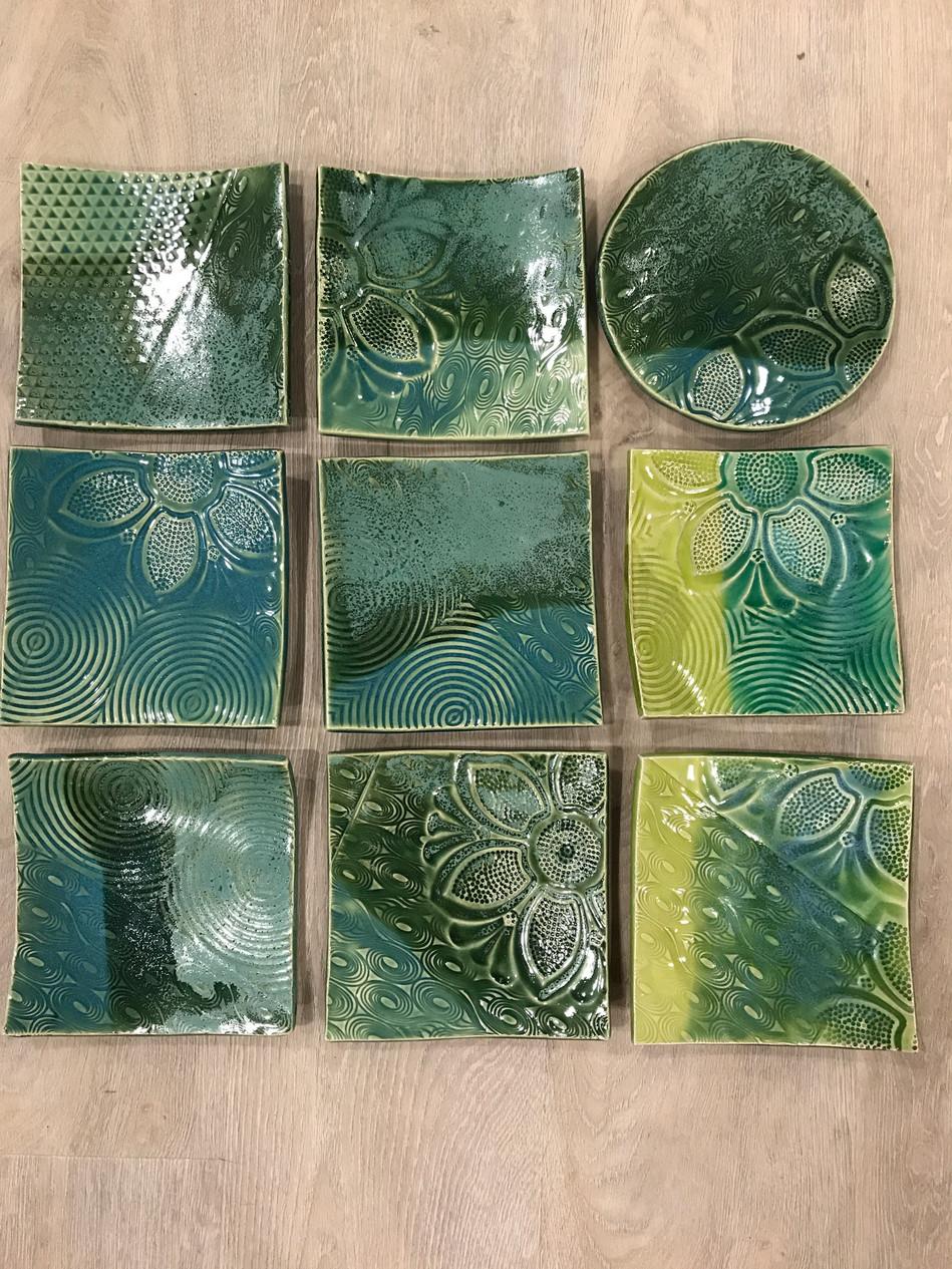 Textured square plates