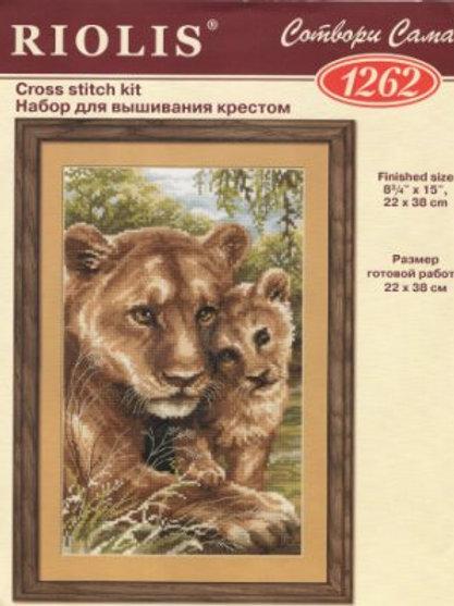 """Вышивка крестом """"Львица со львёнком"""" 1262, размер работы: 22х38 см. Риолис585"""