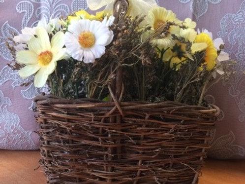 Корзинка декоративная (сухоцвет, искусственные цветы)