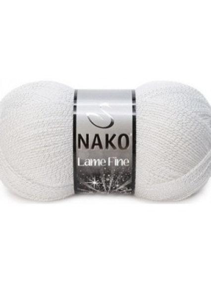Nako Lame Fine- 208G- белый/серебро 100г/400м 96% акрил 4%металл