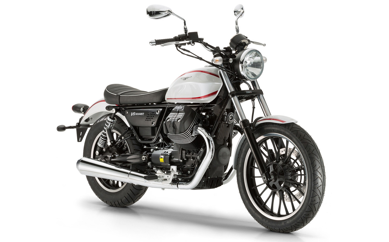 Moto Guzzi V9 Roamer.jpg