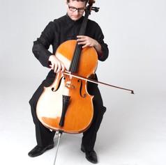 Luis Andrade Cello
