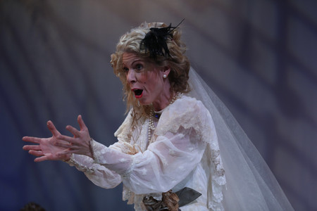 Stacey Fraser, Soprano Miss Donnithorne's Maggot