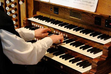 Trinity's organ keyboard
