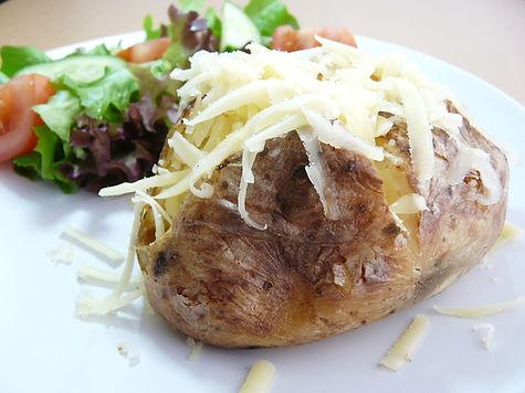 jacket-potato-baked-potato-1317822-640x4
