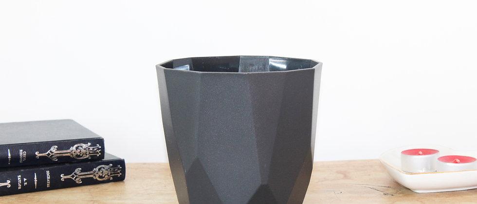 Rock Black Pot