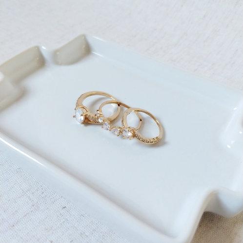 Trio de Anéis Dourados Cristal