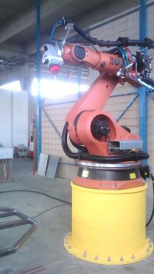 robot scultore kuka